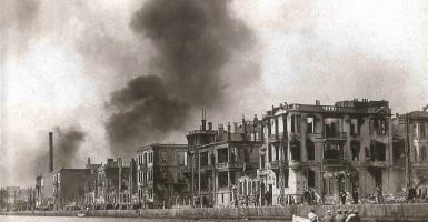 Παρουσίαση βιβλίου της Konuk Halacoglou για τις επιπτώσεις της μεγάλης πυρκαγιάς της Θεσσαλονίκης το 1917 - Κεντρική Εικόνα