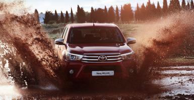 Το νέο Toyota HiLux δεν είναι μόνο για αγρότες - Κεντρική Εικόνα