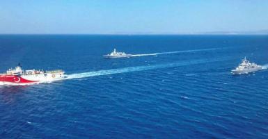 Τουρκικός Τύπος: «Στο χείλος του πολέμου» - Με 15 πολεμικά πλοία, drones και μαχητικά F-16 στην Αν. Μεσόγειο - Κεντρική Εικόνα
