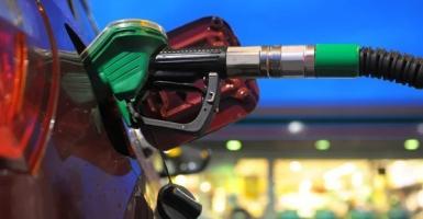«Φωτιά» παίρνουν ξανά τα καύσιμα: Στο 1,82 ευρώ η βενζίνη στα νησιά - Κεντρική Εικόνα
