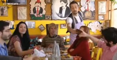 Πώς τρώνε οι Γερμανοί και πώς οι Έλληνες στην ταβέρνα (video) - Κεντρική Εικόνα
