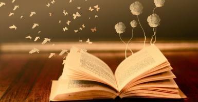 Απονεμήθηκαν τα Κρατικά Λογοτεχνικά Βραβεία - Κεντρική Εικόνα