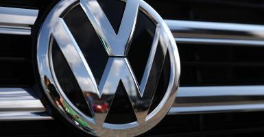 Η Volkswagen θα περικόψει 5.000 θέσεις εργασίας μέσω προγραμμάτων πρόωρης συνταξιοδότησης - Κεντρική Εικόνα