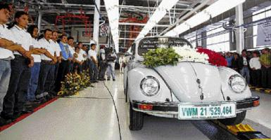 Η Volkswagen ολοκλήρωσε την παραγωγή του θρυλικού Beetle - Κεντρική Εικόνα