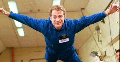 Dr Πίτερ Διαμαντής: Ένας άνθρωπος του διαστήματος  - Κεντρική Εικόνα