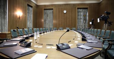 Μίνι ανασχηματισμός στην κυβέρνηση - Κεντρική Εικόνα