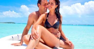 Σέξι «πακέτα» διακοπών για ...άτακτα ζευγάρια - Κεντρική Εικόνα