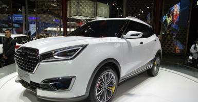 Μια άσημη στη Δύση κινεζική αυτοκινητοβιομηχανία ετοιμάζει δίκτυο 325 καταστημάτων - Κεντρική Εικόνα