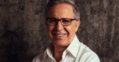 Ζουλφί Λιβανελί: Πρέπει να αναγνωρίζετε την αξία της ηρεμίας στην οποία ζείτε - Κεντρική Εικόνα