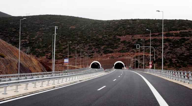Τι απαντά το υπουργείοΥποδομών στην κριτική για τους αυτοκινητοδρόμους - Κεντρική Εικόνα