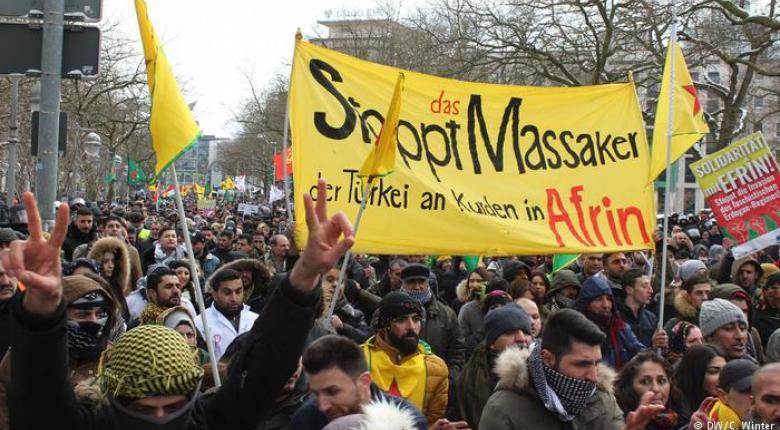 Γερμανία: Οι Κούρδοι στους δρόμους - Κεντρική Εικόνα