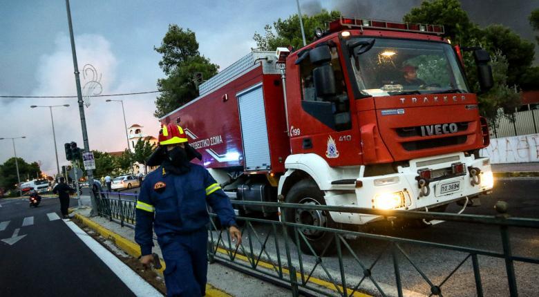 Πυρκαγιές σε Κινέτα, Πεντέλη, Ν. Βουτζά και Μάτι - Σε κατάσταση έκτακτης ανάγκης η Αν. και η Δ. Αττική - Κεντρική Εικόνα