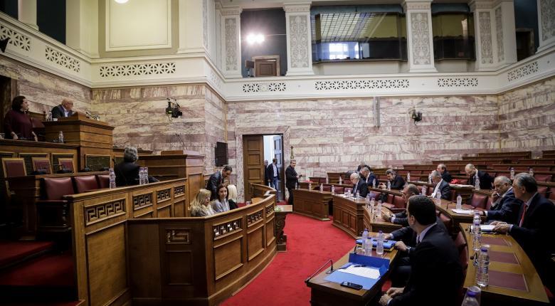 Σκληρή πολιτική κόντρα για τη Συμφωνία των Πρεσπών (Live) - Κεντρική Εικόνα
