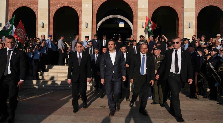 Κύπρος: Στην κηδεία του Χριστόφια ο Τσίπρας, μαζί με τον Αναστασιάδη - Κεντρική Εικόνα