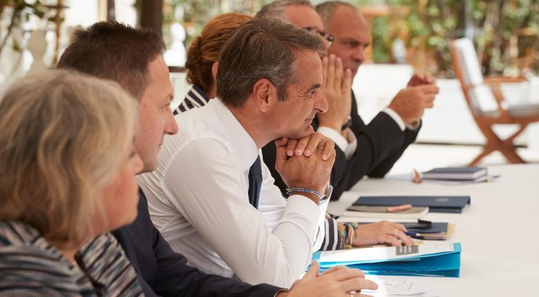 Μητσοτάκης: Βασική μας προτεραιότητα η ανάπτυξη - Κάλεσμα για επενδύσεις - Κεντρική Εικόνα