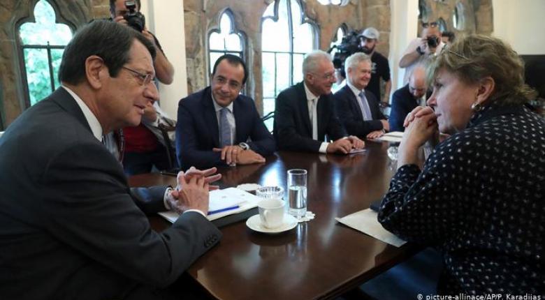 Πιο κοντά σε συνομιλίες για το Κυπριακό - Κεντρική Εικόνα