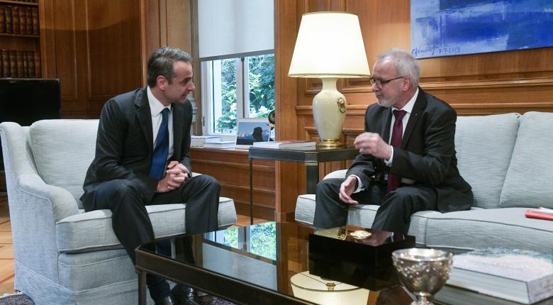 Πρόεδρος ΕΤΕπ σε Μητσοτάκη: Παραμένουμε στην Ελλάδα και μετά την κρίση - Κεντρική Εικόνα