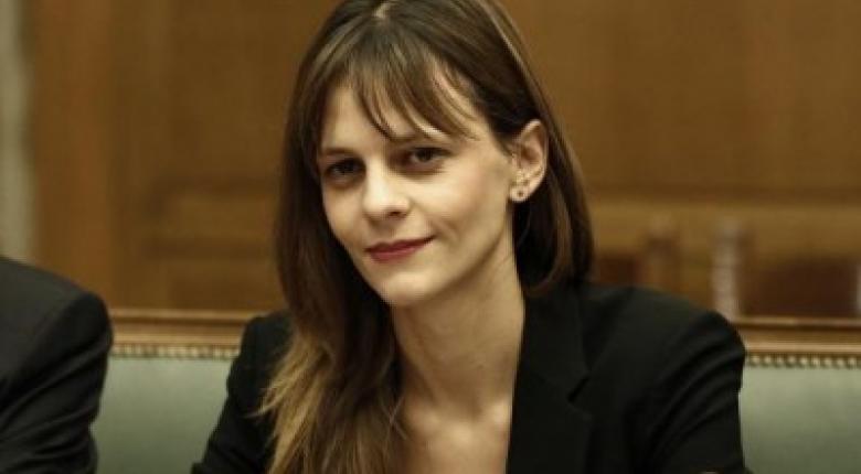 Ε. Αχτσιόγλου: Δύσκολη η εξίσωση του δημόσιου συστήματος κοινωνικής ασφάλισης  - Κεντρική Εικόνα