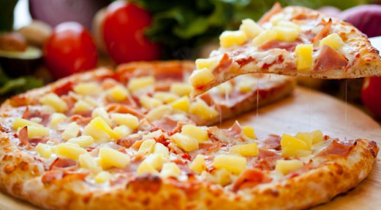 Σοβαρές καταγγελίες για πασίγνωστη αλυσίδα πίτσας - Κεντρική Εικόνα