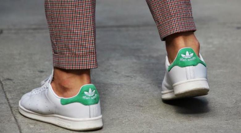 Για ποιον λόγο δεν πρέπει να φοράς παπούτσια χωρίς κάλτσες  a2627c0de01