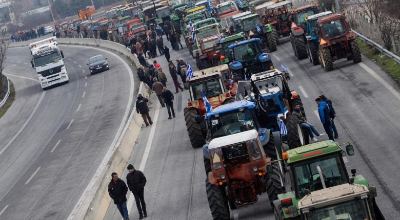 Σε μπλόκα οι αγρότες από την Τετάρτη - Κεντρική Εικόνα