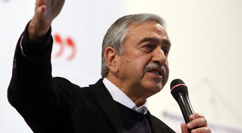 Κύπρος: Συνάντηση Σπέχαρ-Ακιντζί - Κεντρική Εικόνα