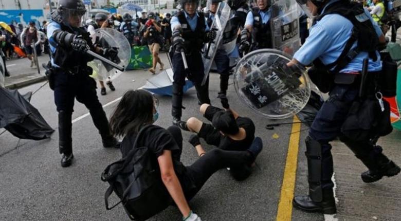 """Η Ευρωπαϊκή Ένωση καλεί για έναν """"ευρύ και περιεκτικό διάλογο"""" στο Χονγκ Κονγκ - Κεντρική Εικόνα"""
