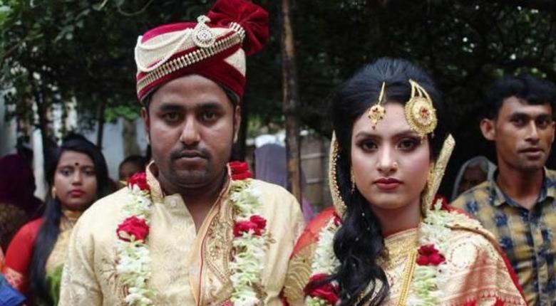Μπαγκλαντές: 19χρονη έγινε πρωτοσέλιδο επειδή μετά τον αρραβώνα πήρε τον γαμπρό... σπίτι της (Photos) - Κεντρική Εικόνα