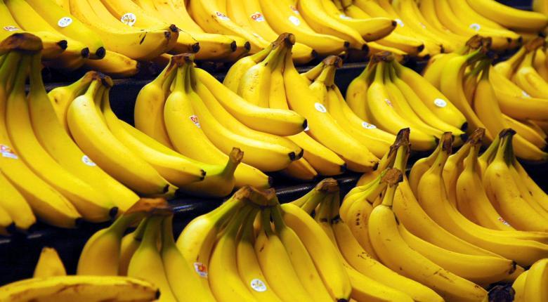 Η απλή «πατέντα» με την οποία επιτήδειοι διοχετεύουν μπανάνες-μαϊμού στις λαϊκές αγορές - Κεντρική Εικόνα
