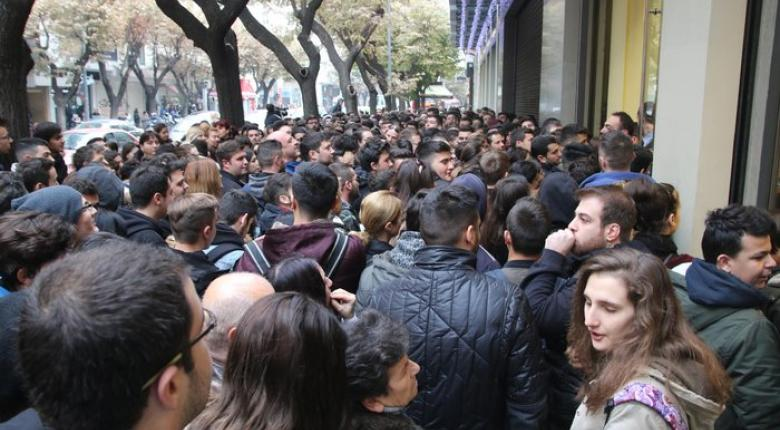 Black Friday: Κατάστημα δέχθηκε 30.000 και... χωριό 60.000 επισκέπτες (photos) - Κεντρική Εικόνα