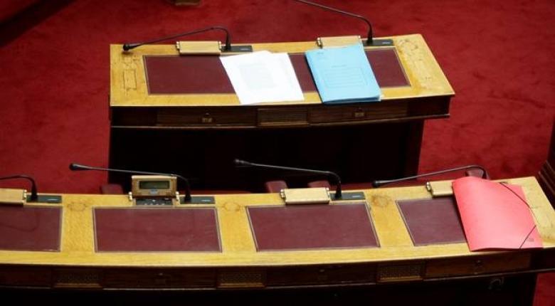 Ενστάσεις της ελάσσονος αντιπολίτευσης στο ν/σ για άσυλο και κυβερνησιμότητα δήμων και Περιφερειών - Κεντρική Εικόνα