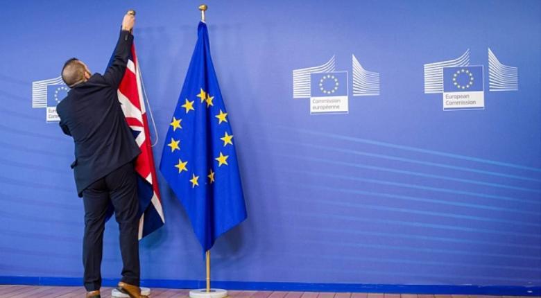 Βρετανικό «μαξιλάρι» προστασίας στην Ε.Ε. για διασφάλιση της Τουρκίας - Κεντρική Εικόνα