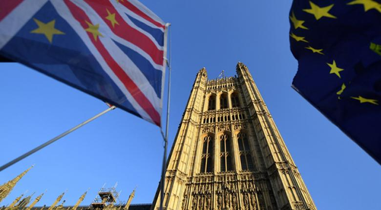 Brexit: Στην βουλή το πλήρες κείμενο για τη Συμφωνία Αποχώρησης - Μέχρι την Πέμπτη η κρίσιμη ψηφοφορία - Κεντρική Εικόνα