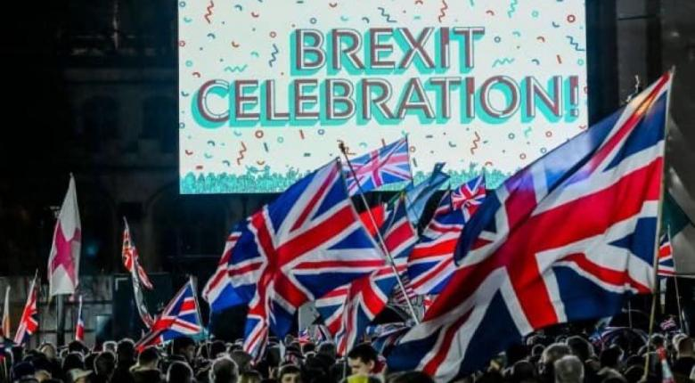 Τι πρέπει να γνωρίζουν για το Brexit οι Ελληνες στο Ην. Βασίλειο, οι Βρετανοί στην Ελλάδα και οι επιχειρήσεις - Κεντρική Εικόνα