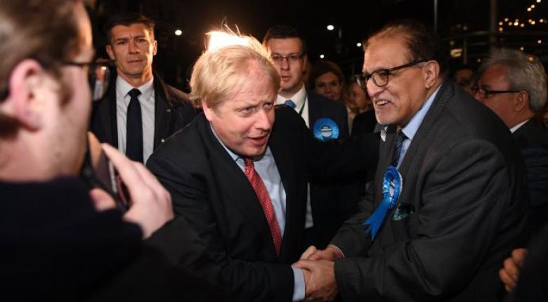 Πολιτικός «σεισμός» στη Βρετανία από τη σαρωτική νίκη Τζόνσον - «Πρόσω ολοταχώς» για το Brexit - Κεντρική Εικόνα
