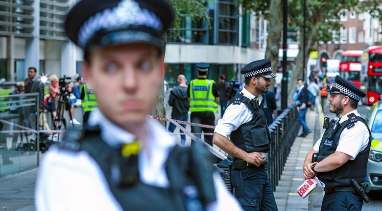 Ένας τραυματίας από επίθεση με μαχαίρι κοντά σε γραφεία της κυβέρνησης στο κέντρο του Λονδίνου  - Κεντρική Εικόνα