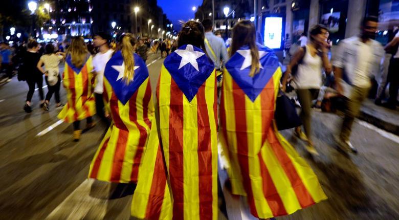 Στους δρόμους υπέρ της ανεξαρτησίας οι Καταλανοί - Κεντρική Εικόνα