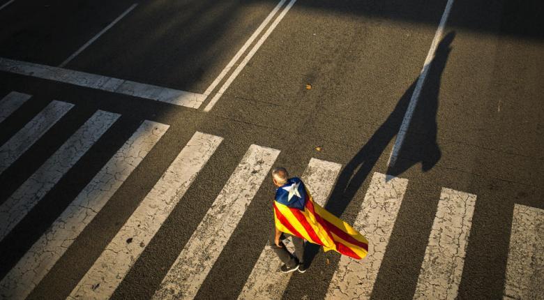 Δήμαρχος Βαρκελώνης: Ο Πουτζντεμόν οδήγησε την Καταλονία στην καταστροφή - Κεντρική Εικόνα