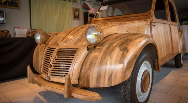 Γάλλος επιπλοποιός κατασκεύασε το πρώτο... ξύλινο Citroen (photos) - Κεντρική Εικόνα