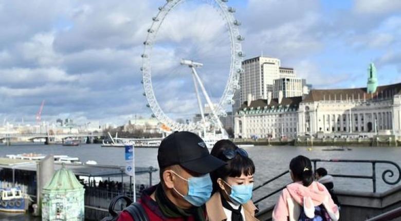 Κορωνοϊός: Θρίλερ στο Λονδίνο για 100 μαθητές του Κολλεγίου Ψυχικού - Είναι μαζί τους η κόρη της 40χρονης - Κεντρική Εικόνα