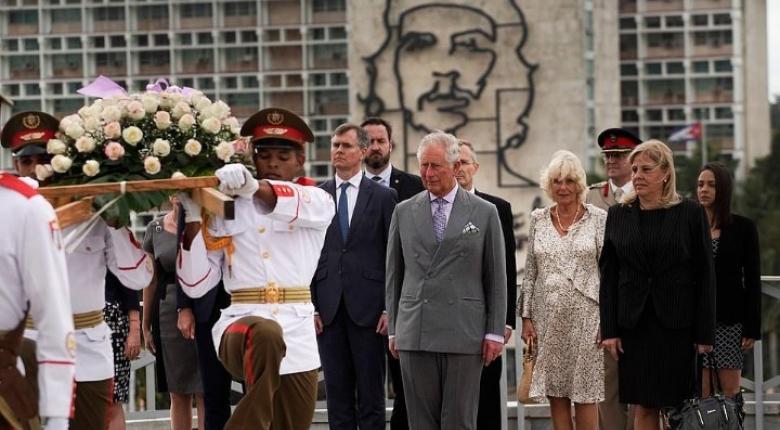 Άφιξη στην Αβάνα του πρίγκιπα Καρόλου και της Καμίλα - Κεντρική Εικόνα