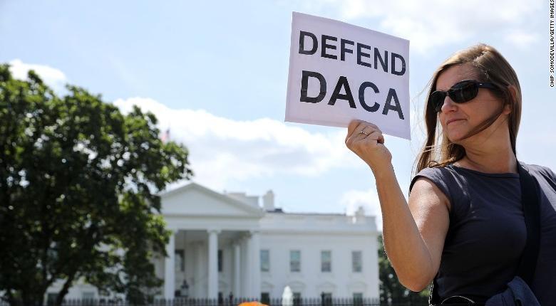 Ομοσπονδιακό Εφετείο ΗΠΑ: Το DACA για την προστασία των «Ονειροπόλων» πρέπει να συνεχιστεί - Κεντρική Εικόνα
