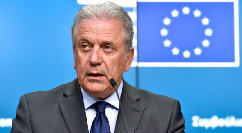 Δημ. Αβραμόπουλος: Να ορθώσουμε τείχος προστασίας των δημοκρατικών μας θεσμών - Κεντρική Εικόνα