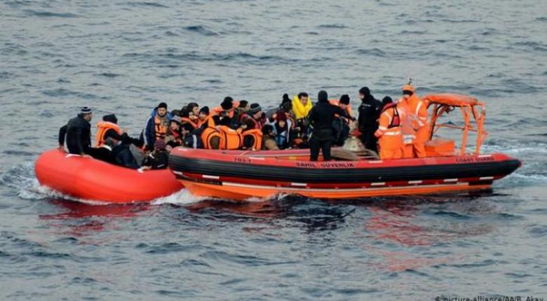 Die Welt: Το Αιγαίο ξανά κύρια προσφυγική οδός - Κεντρική Εικόνα