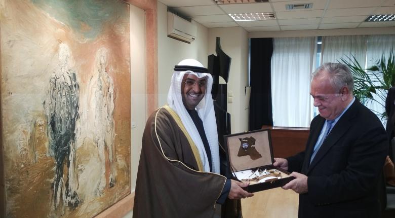 Συνάντηση Δραγασάκη με τον υπουργό Οικονομικών του Κουβέιτ  - Κεντρική Εικόνα