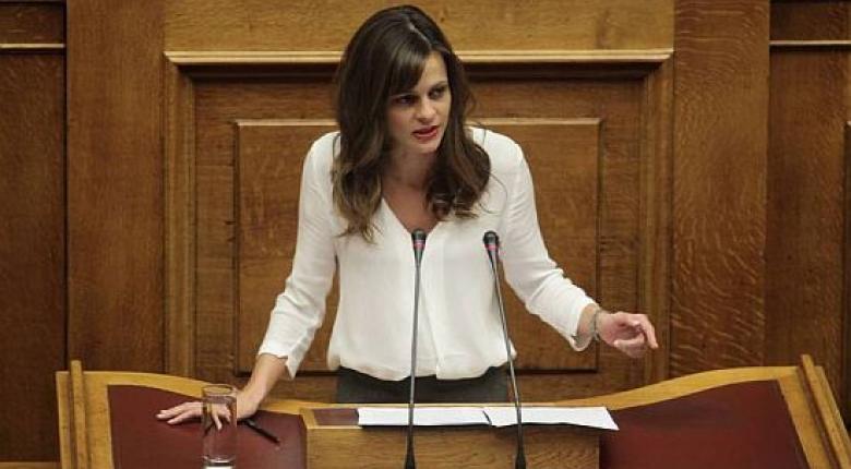 Βουλή: Απόσυρση του άρθρου για την «βλαπτική μεταβολή» - Κεντρική Εικόνα