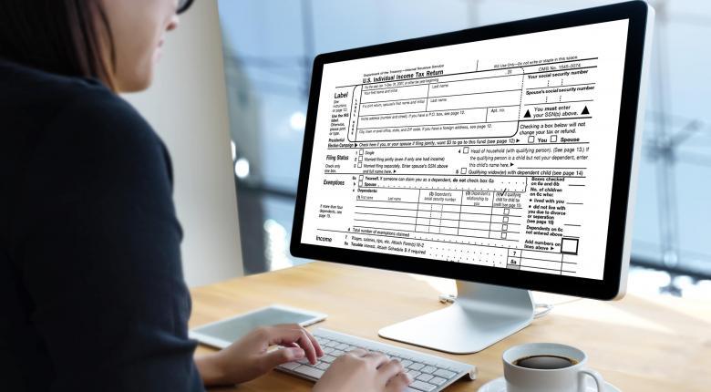 Οι κερδισμένοι του νέου φορολογικού - Τι αλλάζει για τους επαγγελματίες (παραδείγματα)  - Κεντρική Εικόνα