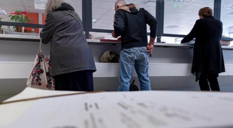 Οδηγός επιβίωσης για τη νέα ρύθμιση 24 και 48 δόσεων: Πώς θα μπείτε - Πότε θα χάνεται - Κεντρική Εικόνα