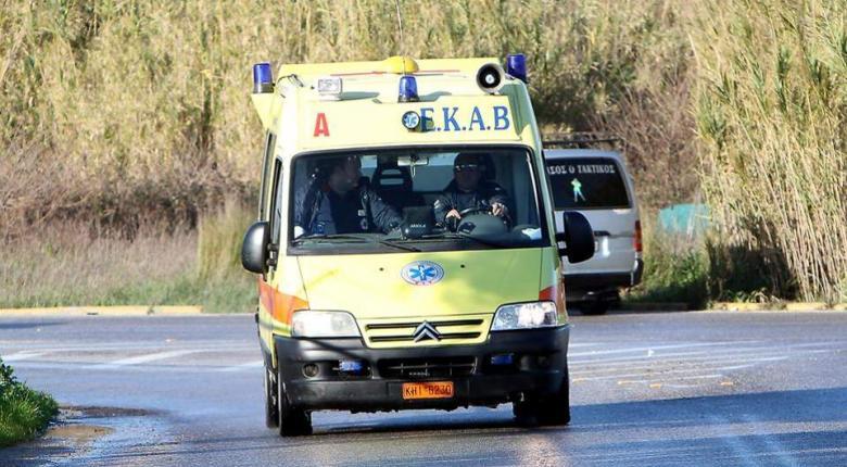 Ένας νεκρός και δύο τραυματίες από σύγκρουση μοτοσικλέτας με ΙΧ  - Κεντρική Εικόνα