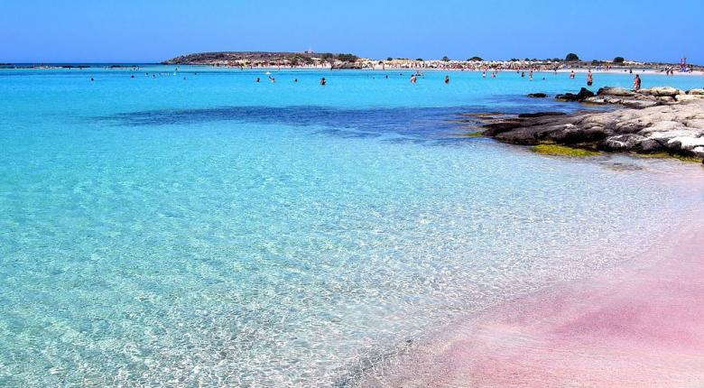 Travel & Leisure: Τέσσερα ελληνικά νησιά στην εξάδα των καλύτερων της Ευρώπης - Κεντρική Εικόνα